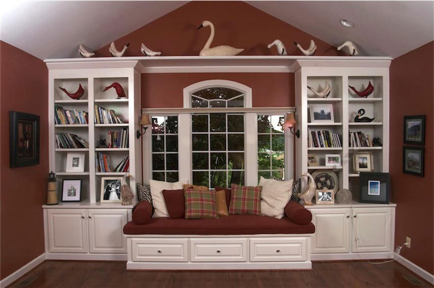 05 White Bookcases And Window Seat